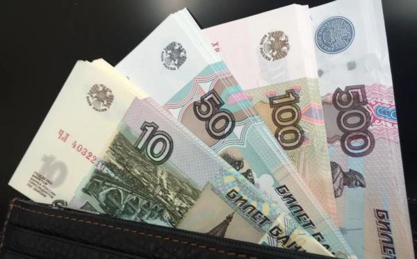 С 1 ноября в России вводится новый штраф за переработку водителей